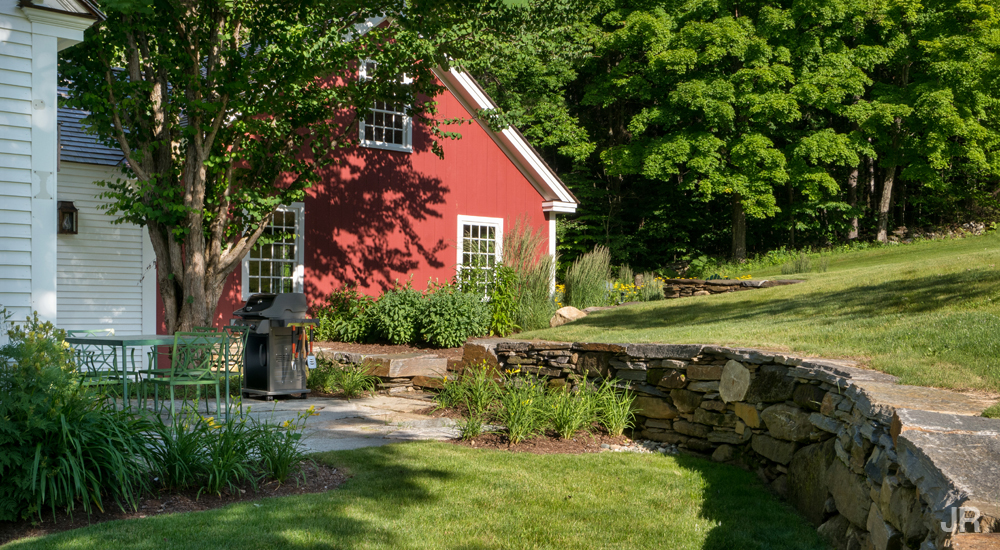 15-loettery-hill-landscaping-company-located-in-woodstock-vt-upper-valley-nh